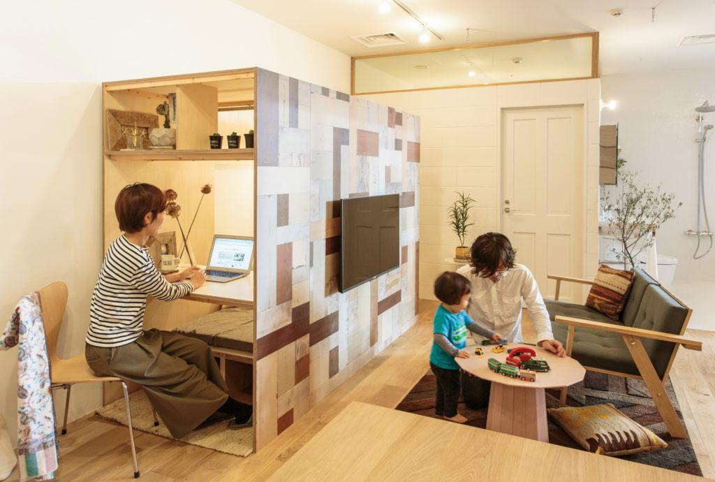 壁にもなる書斎小屋