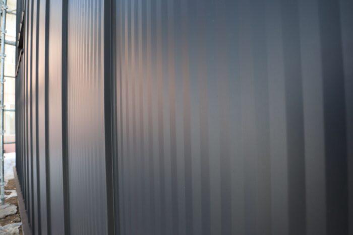 ガルバリウム鋼鈑縦ハゼ葺き